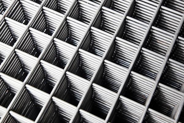 تولید توری جوشی در انواع استیل ، آلیاژی ، آهنی و گالوانیزه
